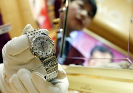 Omega poses threat to Rolex's Swiss watch hegemony