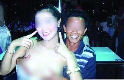 naked-beautiful-girls-touchin-breasts-best