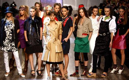 Kiev fashion week displays Ukrainian fashion