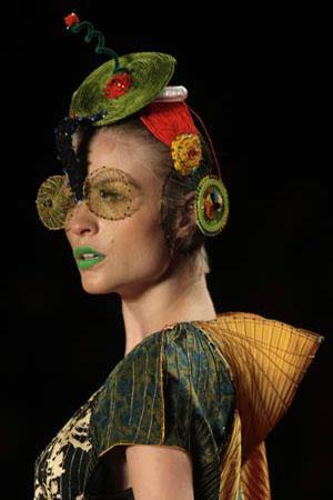 Sao Paulo Fashion Week: from glowing colours to beach