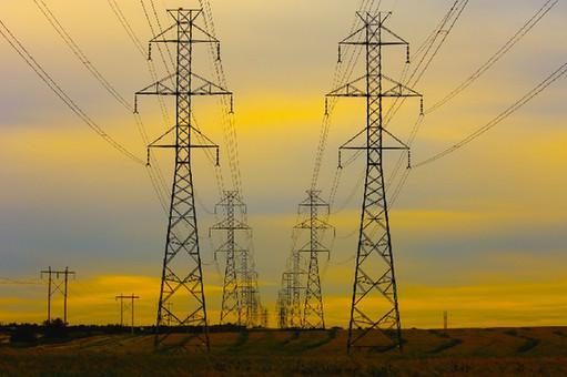 Worse power gap in summer