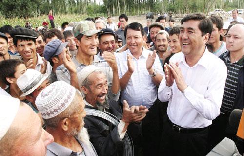 Nuer Baikeli Inspects Kashgar