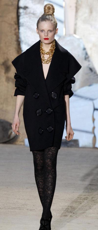 Christian Lacroix F/W 2009/10 women's collection in Paris Fashion Week