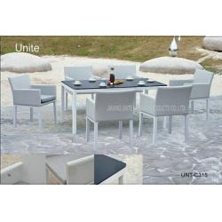 China Luxury Patio Furniture Garden Patio Table Set All Weather Easy Cleaning on sale