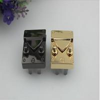 2019 New Products Zinc Alloy Light Gold Metal Thumb Catch Bag Push Locks
