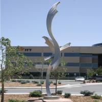 Painted Finish Stainless Steel Sculpture Garden Art Decoration Modern Style