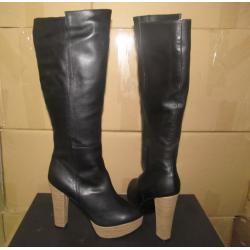 China Italy hot sales girl's sexy style black leather zipper knee length heels Platform booties on sale