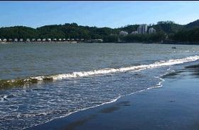 Beach and Cheoc Van Beach