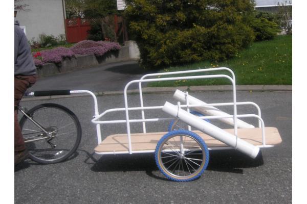 Прицеп к велосипеду фото