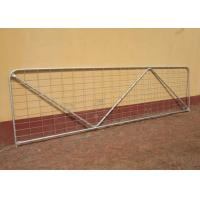 Robust Portable Welded Wire Mesh Fence Metal Farm Gates Modern Style