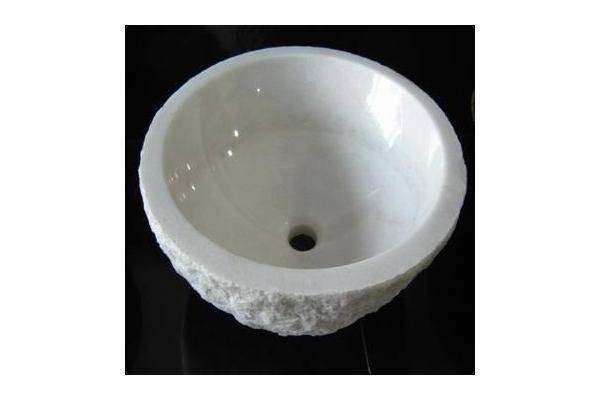 basin和sink的区别不都是水池的意思嘛