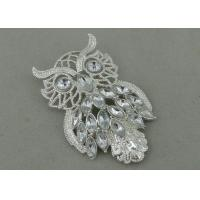 UHU Souvenir Badges By Pewter Die Casting , 3D Design with Rhinestone And Silver Plating