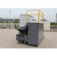 Rotary And Cutting Blade Tyre Shredding Machine , 380 V 30 Kw Plastic Lumps Shredder