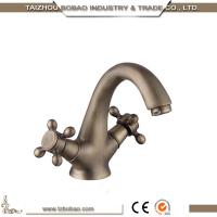 89201F 2018 Competitive Price Classic Design Antique Brass Dual Handle Faucet Basin Tap With Good Braided Hose
