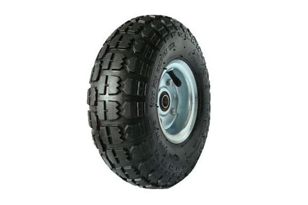 pneu en caoutchouc bleu de brouette photos de. Black Bedroom Furniture Sets. Home Design Ideas