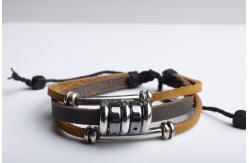 Самодельные браслеты из кожи и