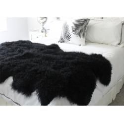 China Black Soft Washable Real Sheepskin Rug Warm With Long Hair Thick Full Fur on sale