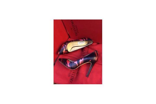 fendi crayons wallet price  handbag,wallet