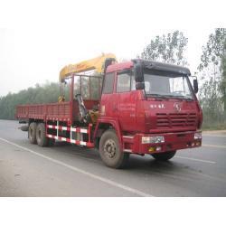 China CLWZYT5254JSQ Petroleum lorry crane truck0086-18672730321 on sale