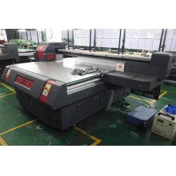 China Glass Large Format Commercial UV Flatbed Printer with 2500x1300mm Epson DX5 Head on sale