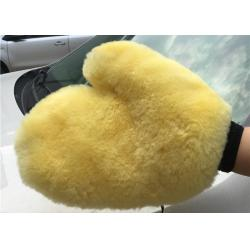 China Sheepskin Car Wash Mitt Super Soft Real Merino Lambswool Cleaning Glove for Car on sale