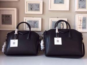 Givenchy Paneled Antigona Envelope Black Leather Clutch Bag fashion handbag sale 6