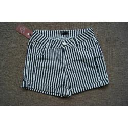 China wholesale F21 fitting short  beach jeans,Forever 21 white & Navy stripes hot pants stock on sale